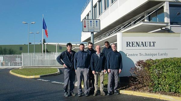 HORIBA staff at Renault Technical Center