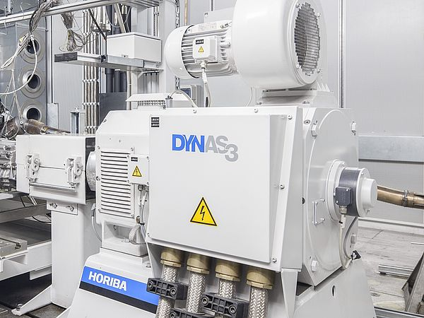 Engine testing DYNAS3 Mechatronics